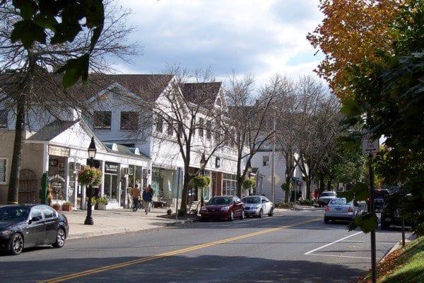 """נחשו מי בירת רחובות ה Main Street המעניינים בארה""""ב?? התשובה המפתיעה היא קונטיקט! שווה…"""