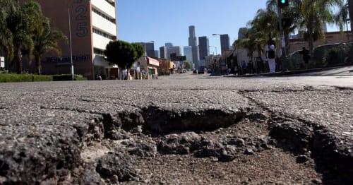 """חשבתם שהכבישים בישראל גרועים? תראו מה קורה ב""""צומת הדרכים של ארה""""ב"""""""