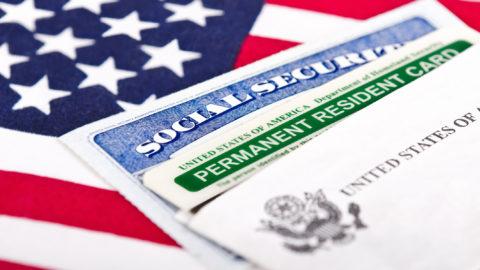 Licencia de corretaje estadounidense emitida
