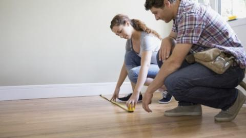 Why do you recommend living in a house that you buy before you renovate it? It is relevant, of course, mainly for those who intend to live ...