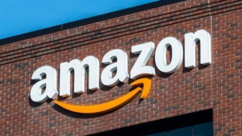 """ניו יורק: אמזון שמה עין על נדל""""ן חדש ונוצץ במהנטן. מקורות סיפרו לניו יורק…"""