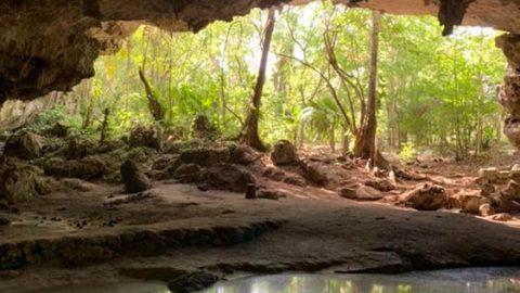 Les sonates - les puits hébreux - sont les sites touristiques les plus célèbres du Mexique. Nous avons un son ...