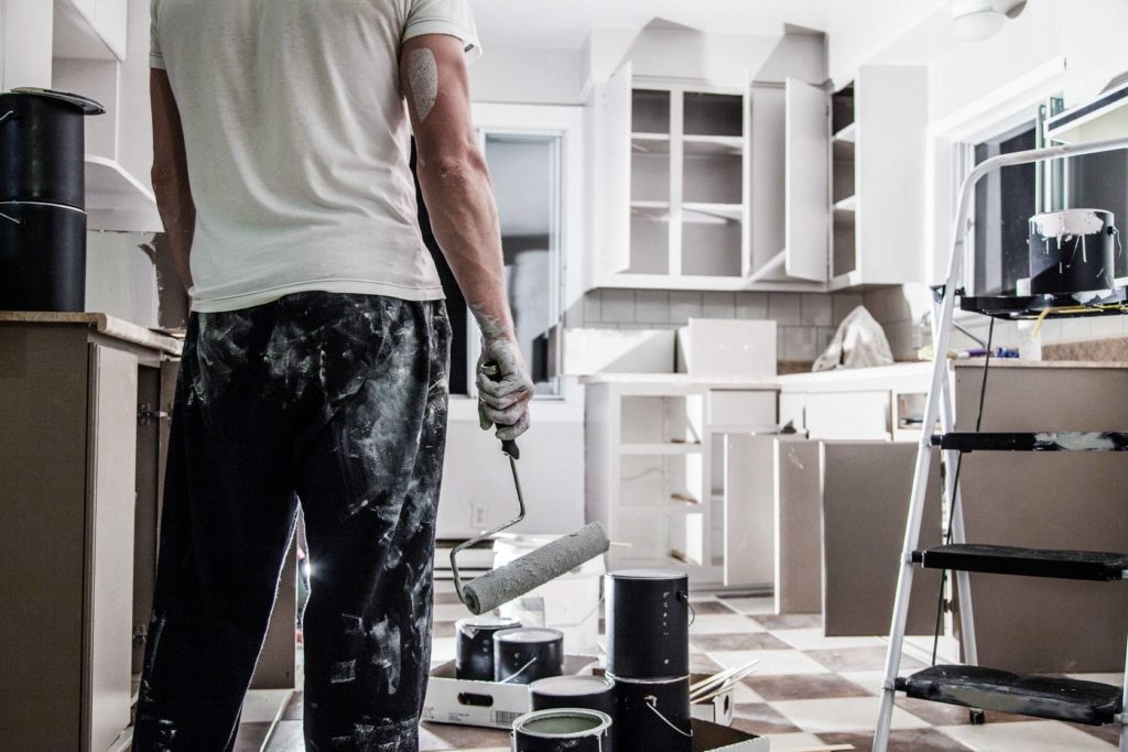 You've made an investment that needs renovation: what do you choose? 1. Remodeling 2. Registered contractor for the renovation ...