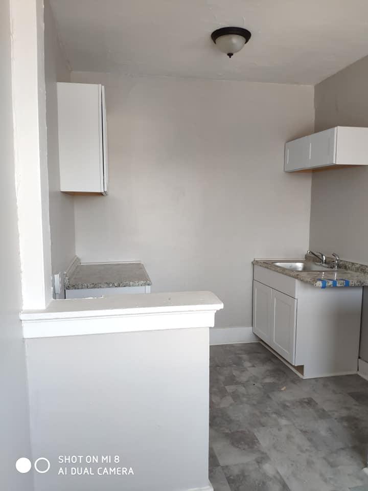 פרויקט השבחה של ביניין עם 22 יחידות מגורים.  התלבטנו לגבי הגימור.  חלק ניכר מהבת...
