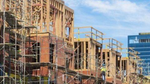 **איגוד חברות הבנייה: מלחמת הסחר מייקרת את הבתים ב-20 עד 30 אלף דולר. נשיא…