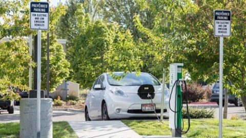 ** Florida, a hint of luxury in electrical services! The Florida Electric Company will set up thousands of electric vehicle charging stations,…