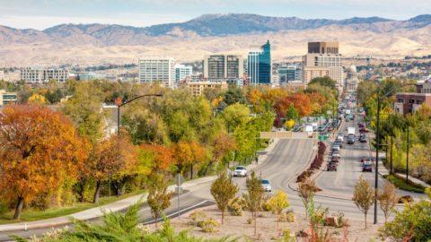 شهرهای شگفت انگیز که انتظار می رود بازار املاک و مستغلات ایالات متحده را تا سال 2020 فتح کنند!