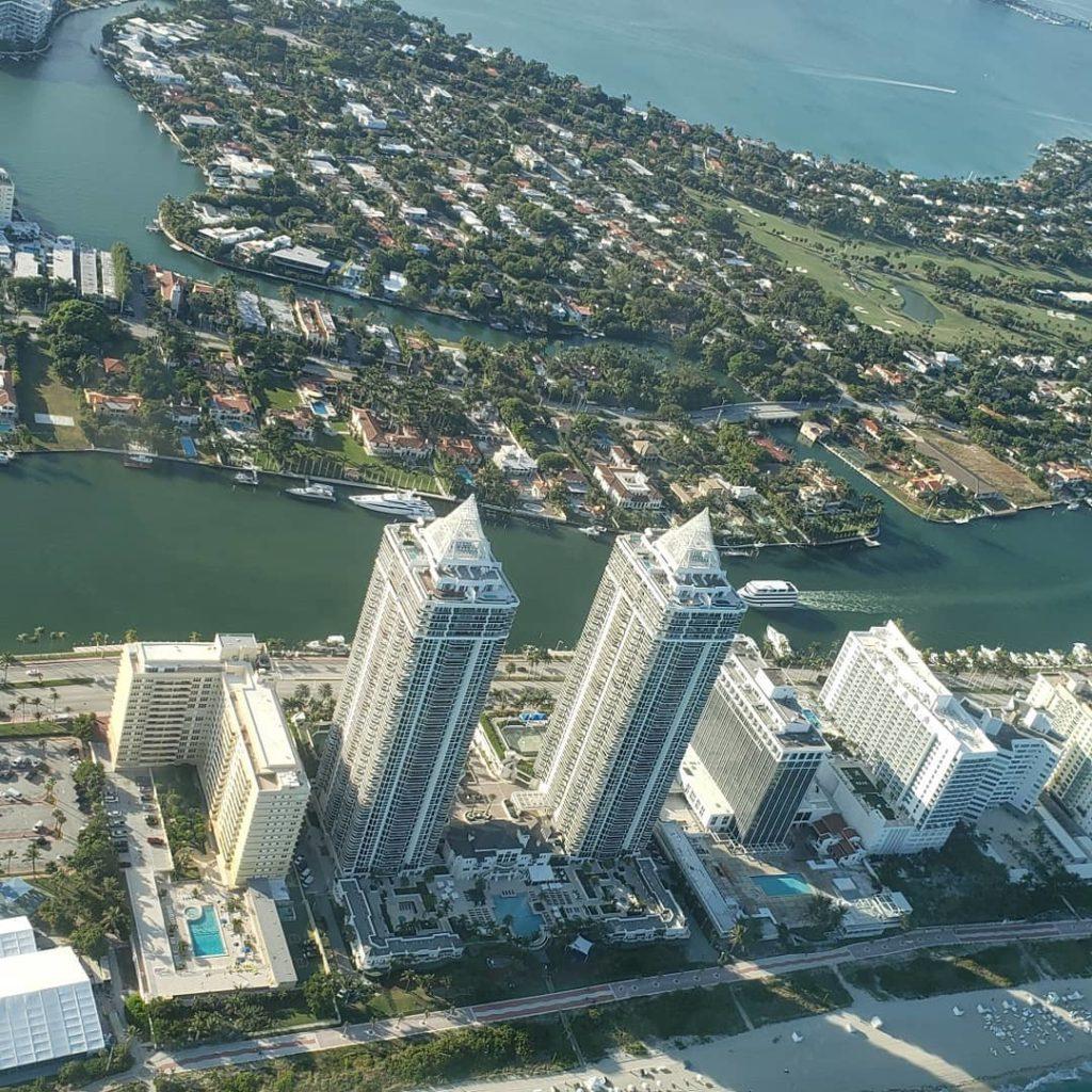 מיאמי ביץ המהממת מהאוויר   מי רוצה להצטרף לטיסה בשמי העיר ?