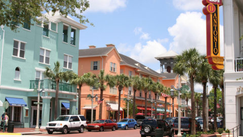 Celebration, Florida, ist laut Einwohnern durch Schimmel und schlampige Bauten ruiniert