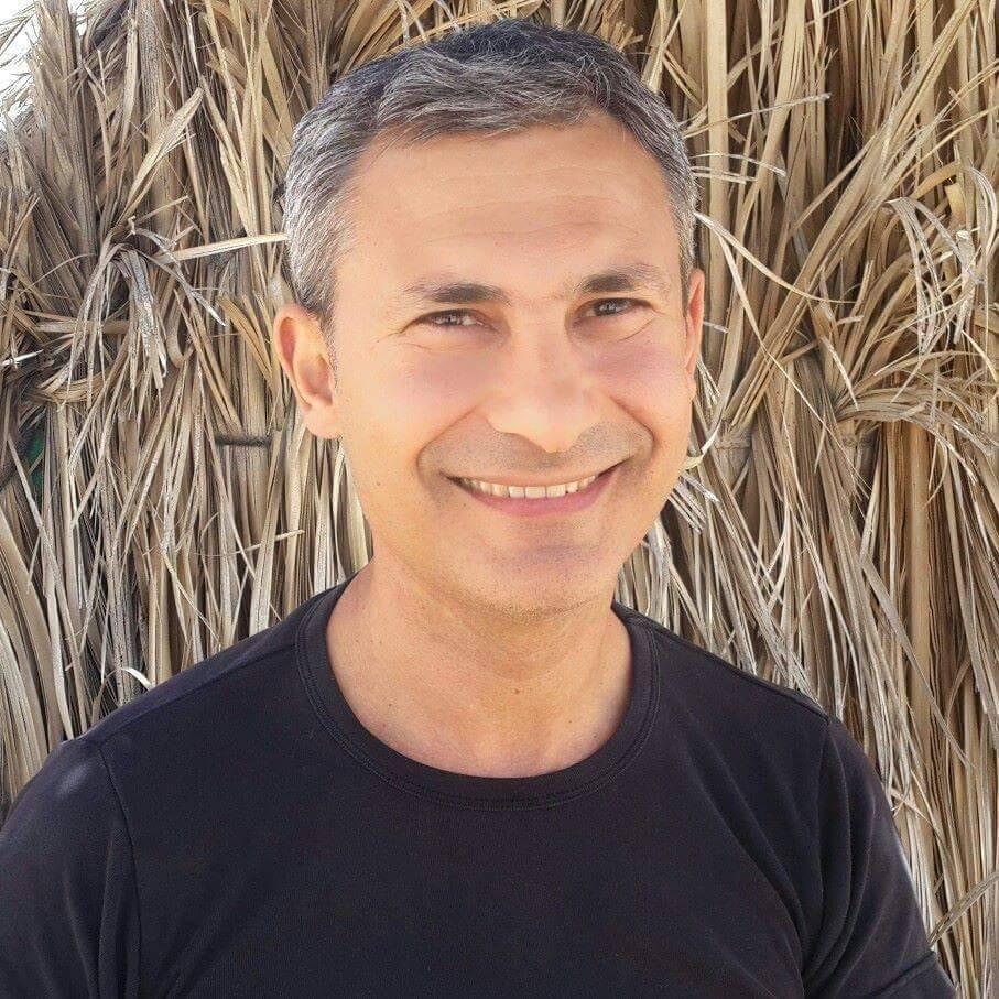 """קבלו במחיאות כפיים חמות   את """"יזם השבוע"""" הבא שלנו - Gilad Shar פעיל בא..."""